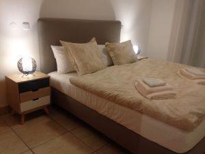 Fotos-fewo-algarve-Ferienwohnung-Lagos-Schlafzimmer1-300x225 Ferienwohnung Lagos Algarve Fotos